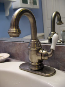 Faucets-225x300 Whether to DIY or Get Emergency Plumbing Services