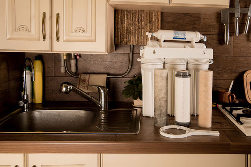 water-filter-installation-2 10 Benefits Of An Advanced Water Filtration System